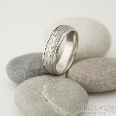 Snubní prsten Kasiopea white - dřevo - 58, šířka 6, tlouš´tka 1,7 mm - okraje hladké 2x0,75 mm, profil E - SK2013 (4)
