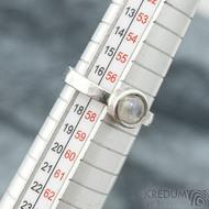 Spring a kabošon měsíčního kamene - velikost 57, šířka 3,5 mm, lesklý - Kovaný prsten z nerezové oceli, SK2101