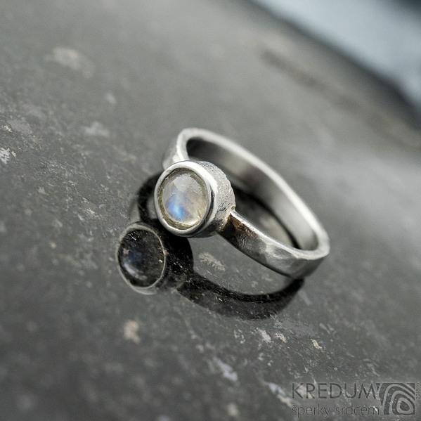 Spring a kabošon měsíčního kamene - velikost 57, šířka 3,5 mm, lesklý - Kovaný prsten z nerezové oceli, SK2101 (8)