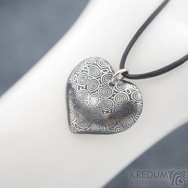 Srdíčko kolečka a diamant 2 mm - Kovaný přívěsek z oceli damasteel, SK1816 (5)