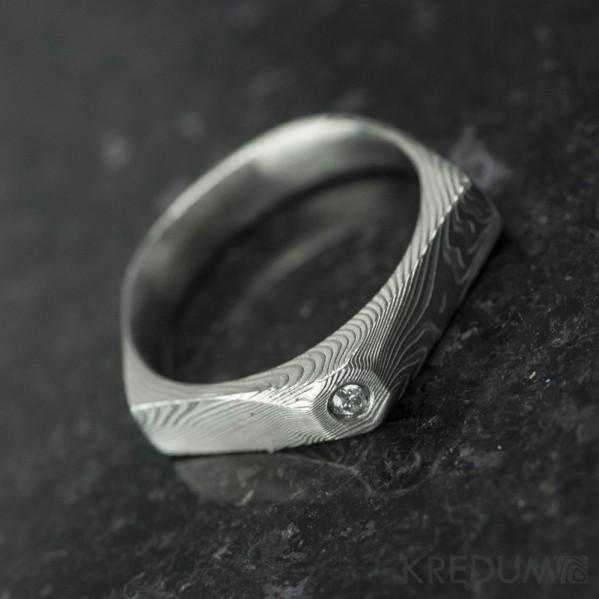 Tulipus a čirý diamant 1,7 mm - Damasteel zásnubní prsten, S831 - velikost 48,5 - TW lept 75 SV (1)