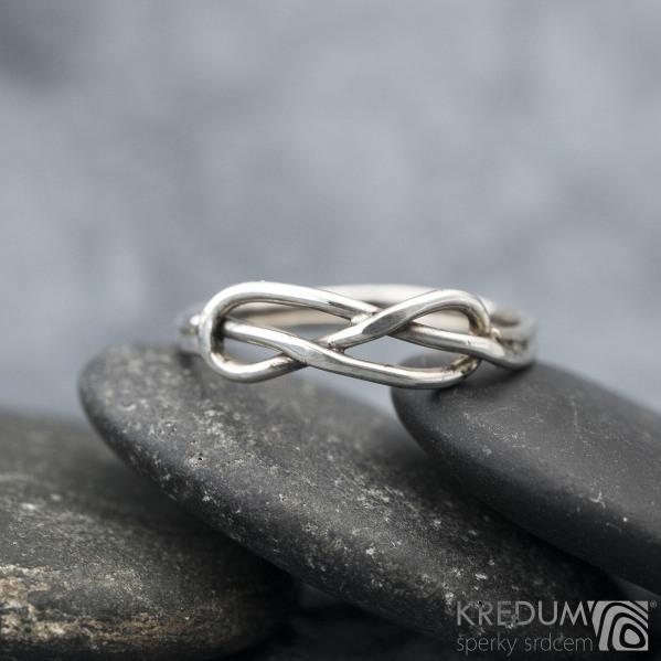 Uzel Patina - Stříbrný prsten, SK1588