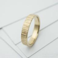 wood snubní prsten gold yellow (4)