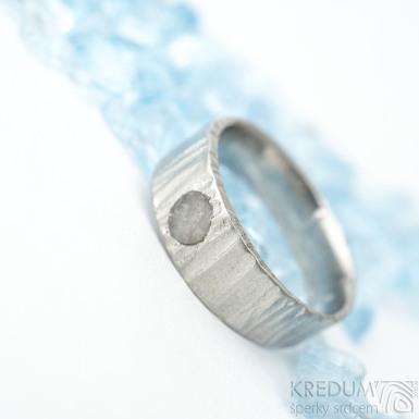 Wood světlý a přírodní růženín 4 mm - vel 54, šířka hlavy 6 mm, do dlaně 5 mm, hlava 2,2 mm - Nerezový snubní prsten - k 1644
